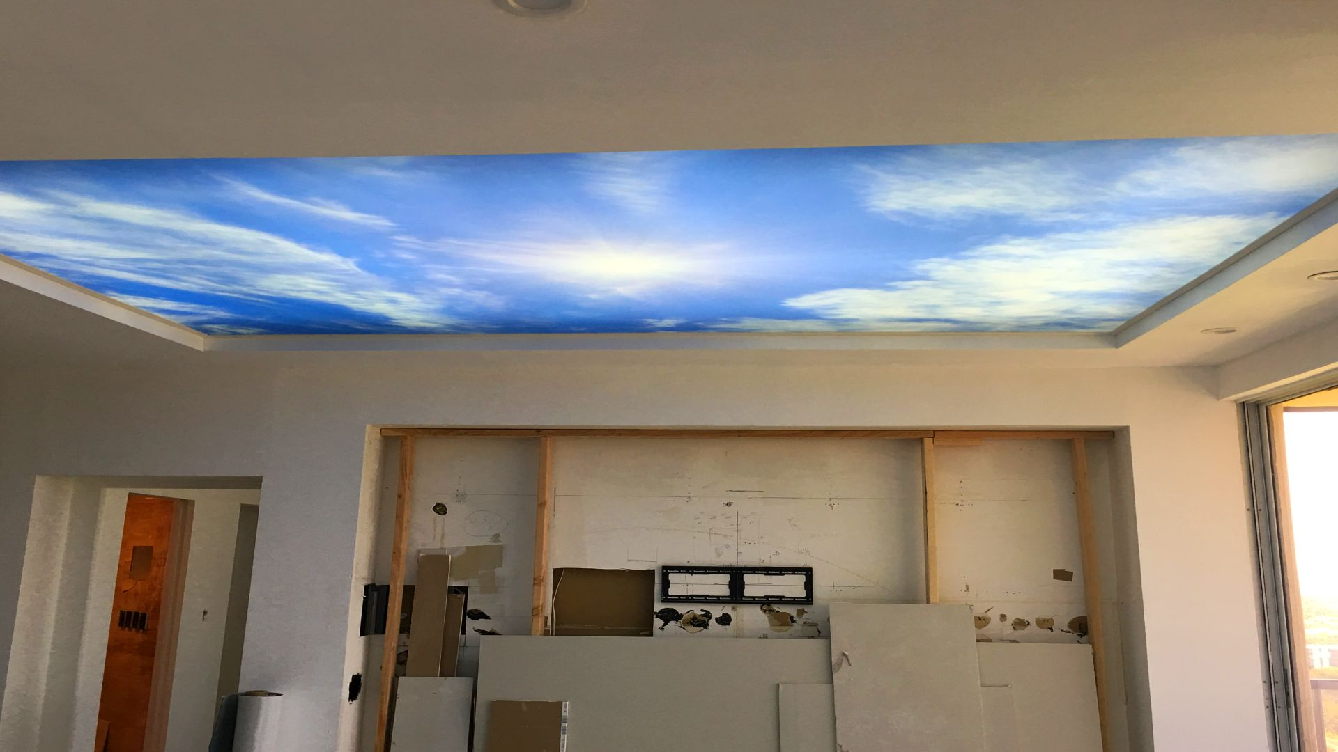 miami printed glossy ceiling n°1